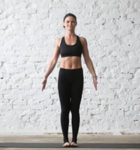 centro-de-yoga-en-mostoles-respirayoga-enraizamiento-Samasthiti-Tadasana