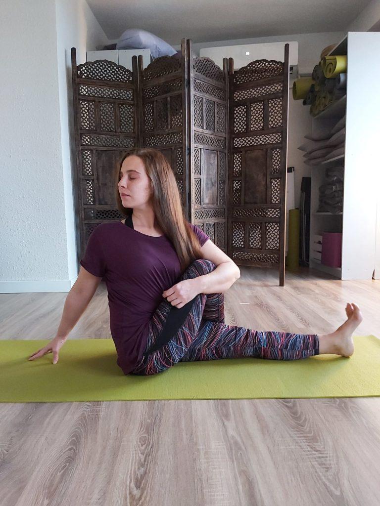 centro-de-yoga-en-mostoles-respirayoga-las-torsiones